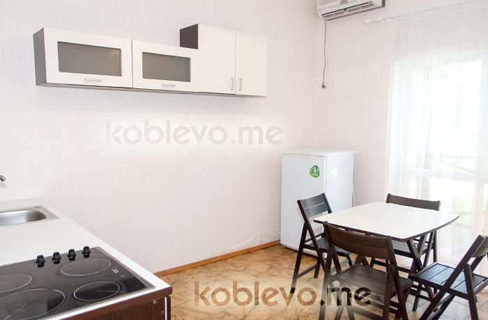 cottage-koblevo-6-mest-kuhnya
